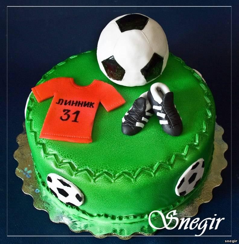 Футбольная тема торт фото